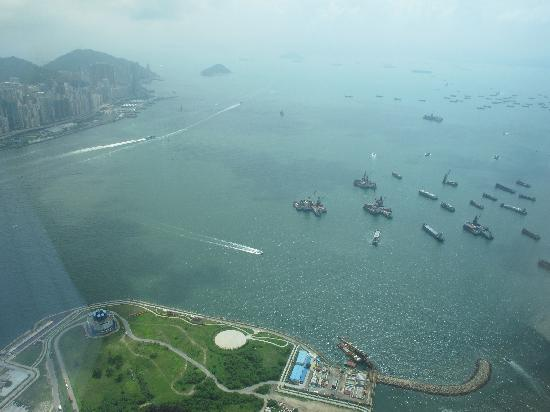 The Ritz-Carlton, Hong Kong : View From The Room