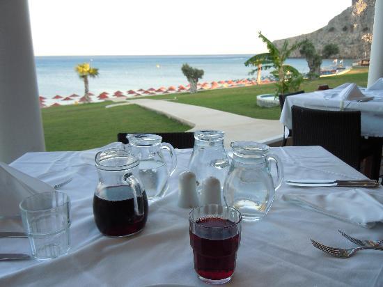 Kolymbia Beach Hotel: vista dal tavolo del ristorante