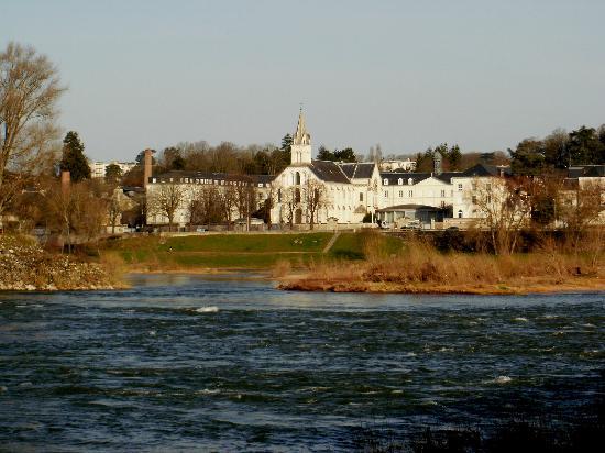 Tours, Francia: A orillas del río