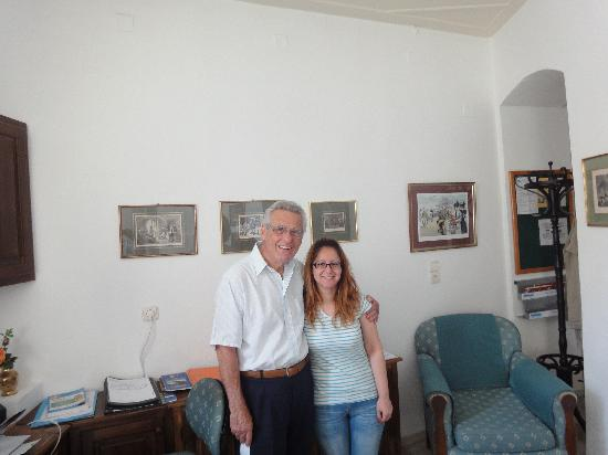 Hotel Omiros: Chris and Marisina
