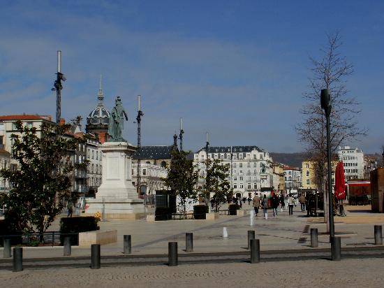 plaza central foto van clermont ferrand puy de dome tripadvisor. Black Bedroom Furniture Sets. Home Design Ideas