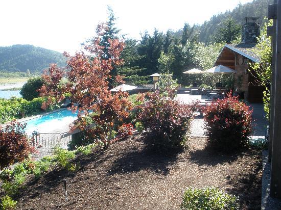 Tu Tu Tun Lodge: pool and lodge