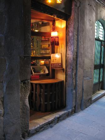 Salterio: old, cosy, vegetarian, restaurant, teahouse, history, moroccan, spanish