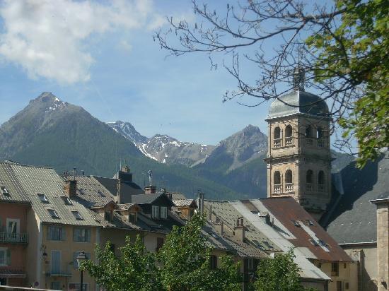 Briançon, Frankrig: vista dei tetti dall'esterno delle mura