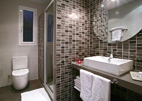 Blanc Guesthouse: Baño comunitario