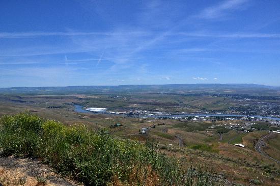 هوليداي إن إكسبريس ليويستون: lewiston view from hill towards hotel