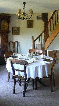 Tudor Cottage Bed and Breakfast : Breakfast at Tudor Cottage
