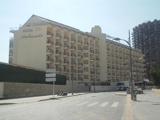 Hotel Ambassador Playa I & II: View of back of hotel