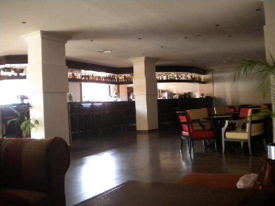 Viva Rey Don Jaime Hotel: Inside bar