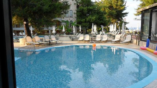 Lesse Hotel: Childrens pool