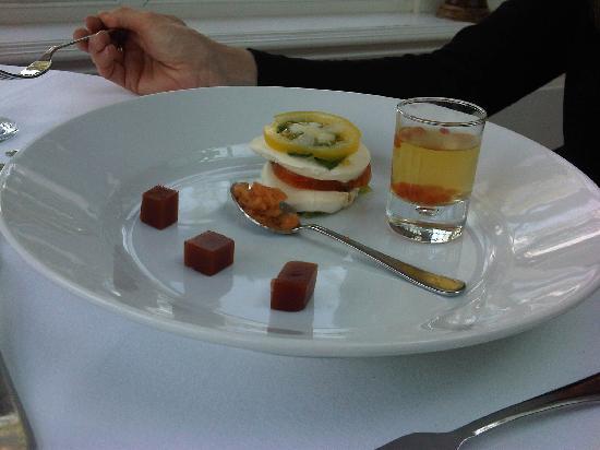 Losehill House Hotel & Spa: beautiful heritage tomato medley starter