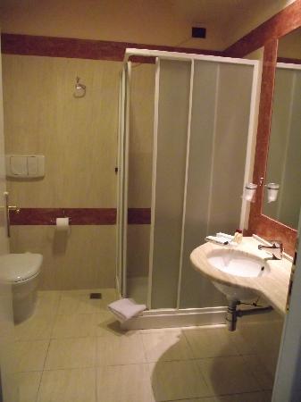 Hotel Semifonte: Salle de bain