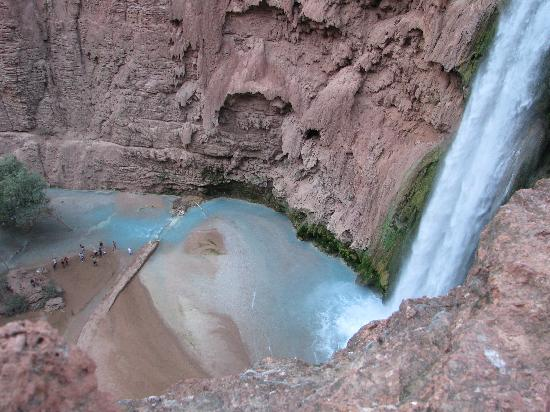 Havasupai Campground: waterval vlakbij camping