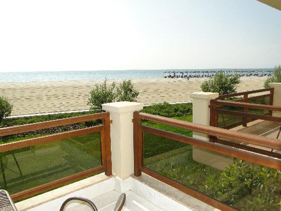 Mediterranean Village Hotel & Spa: Room