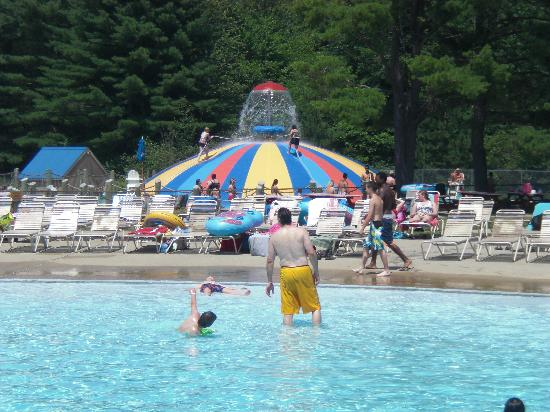 Saco, ME: Wave pool and Aqua Saucer - Aquaboggan