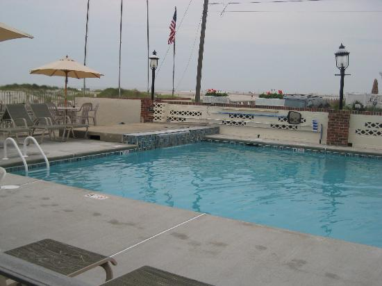 Lampliter Oceanside Resorts: pool