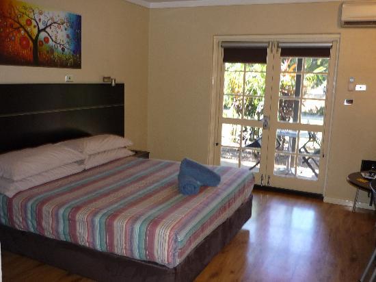 Broome-Time Accommodation: King Studio