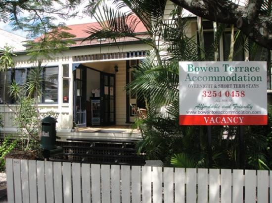 Bowen Terrace International Accommodation: Front of house