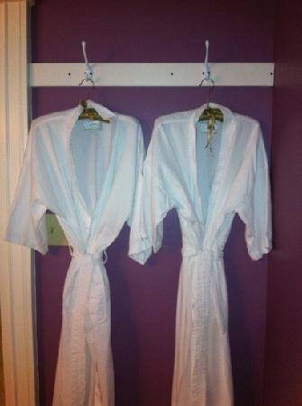 Market Street Inn: bathrobes :)