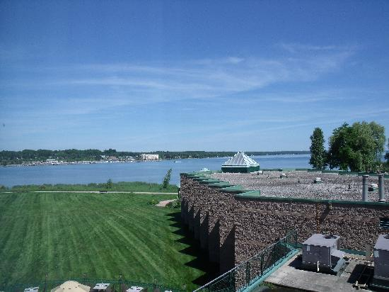 Best Western Inn On The Bay: Lake view