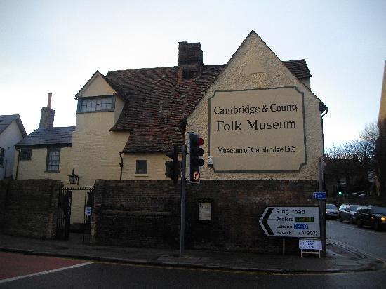 Cambridge and County Folk Museum : Cambridge Folk Museum