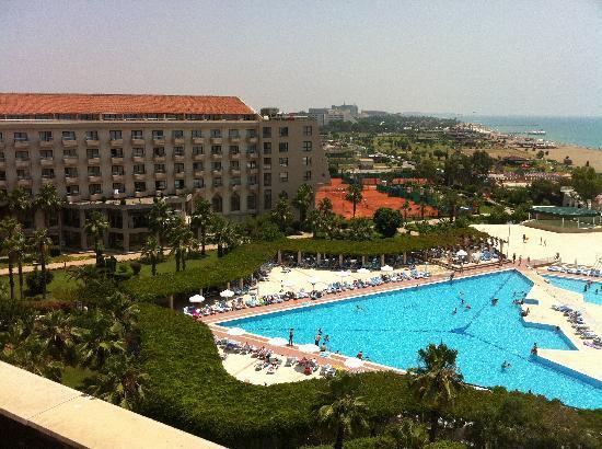 Hotel Kaya Belek: Piscine vue du 5ème étage