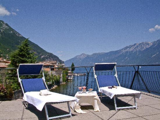 Hotel Gardenia Al Lago Gargnano Province Of Brescia Italien