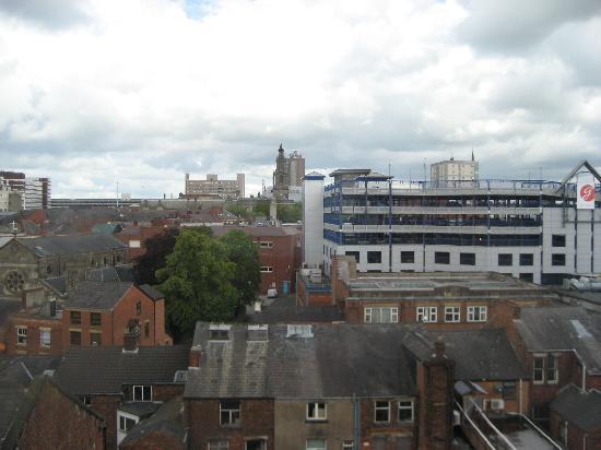 Premier Inn Preston Central Hotel: View from 5th Foor - Preston skyline