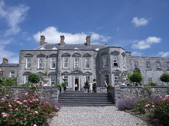 Castle Durrow: Durrow in all its glory!