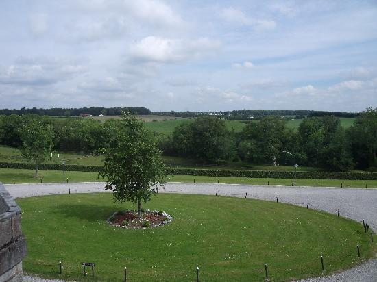 Castle Durrow: Front view