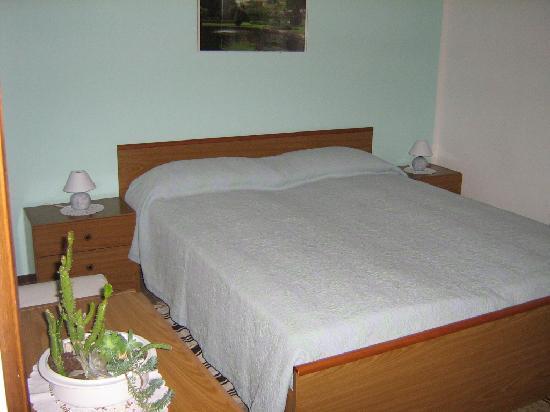 B&B Nuova Nola : Camera da letto
