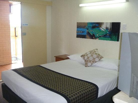 Bona Vista Motel: Room