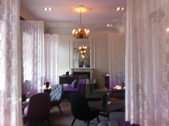 Blythswood Square: bar