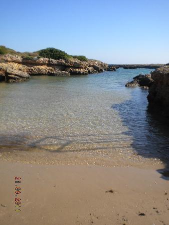 Torre Santa Sabina, Italy: piccola spiaggia