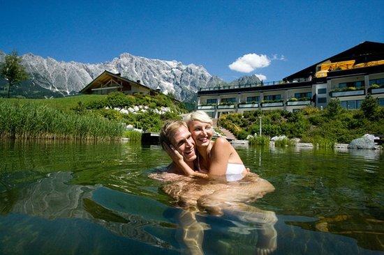 Übergossene Alm Resort: Beheizter Schwimmteich