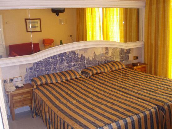 Playasol Spa Hotel: Habitación doble