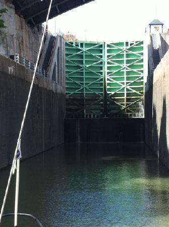 Lockport, NY: inside the lock