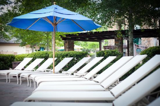 The Woodlands Resort: Relax