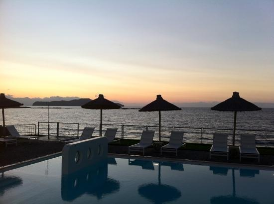 Agii Apostoli, Grecia: view from our room (seaview studio) at sunset