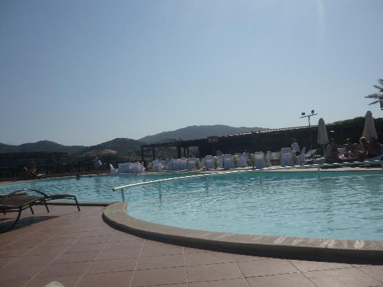 Sea Side Resort & Spa : la piscine du haut ou ce passe les animations et de la musique