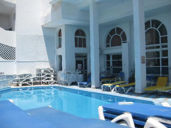 Kaiser Hotel: Pool at Hotel Kaiser