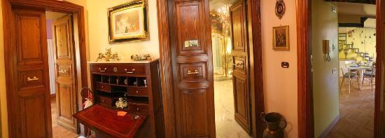 Casa Pariolina: Ingresso alle suites