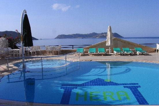 Hera Hotel : Get wet in the pool