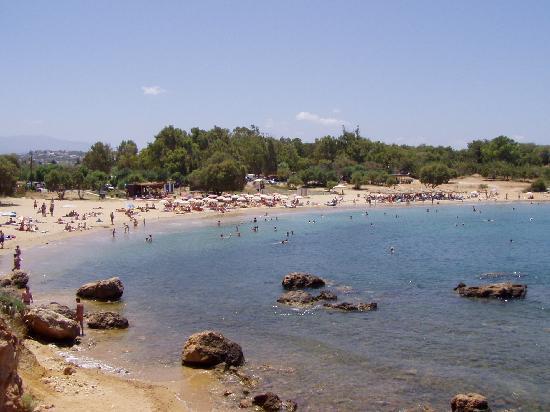 Akti Hotel: Stranden vid hotellet.