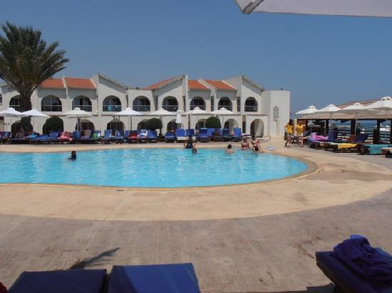 Princess Beach Hotel: basen