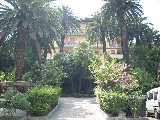 Hotel Villa Adriana: ingresso