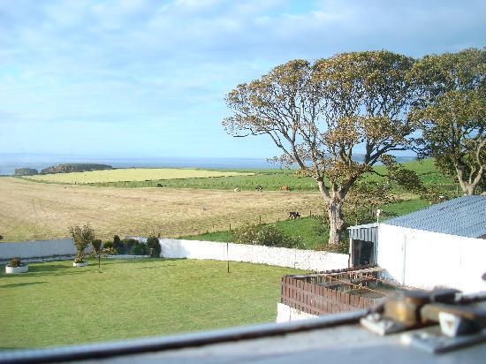 Ballintoy House: Vista desde la habitación