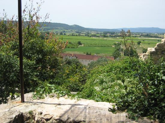Ansouis, Prancis: view from the terrace of Les Moissines