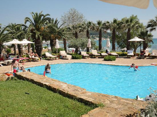 Sani Beach: Kids Pool at Beach Hotel