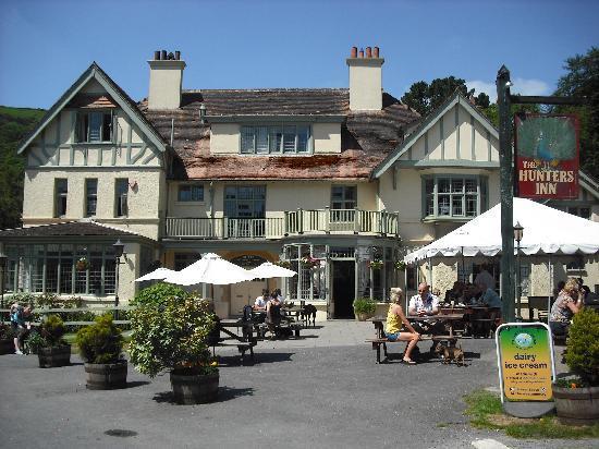 Hunter's Inn: lovely sunny day.